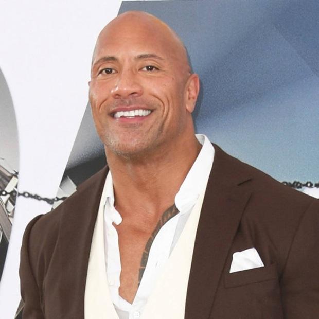 The Rock Dwayne Johnson chính thức nhập hội siêu anh hùng, trở thành đối thủ truyền kiếp của Shazam - Ảnh 1.