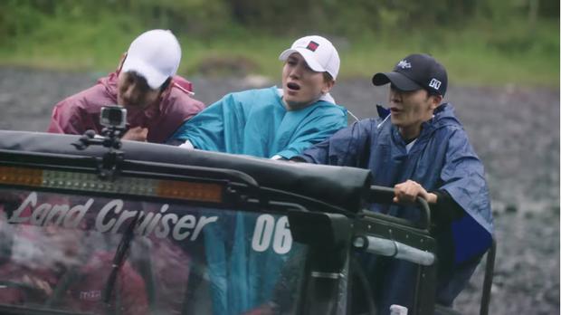 TVXQ và Super Junior bị dập tơi tả trong hành trình khám phá Indonesia, đây chính là điển hình cho việc đi du lịch không chọn ngày - Ảnh 8.