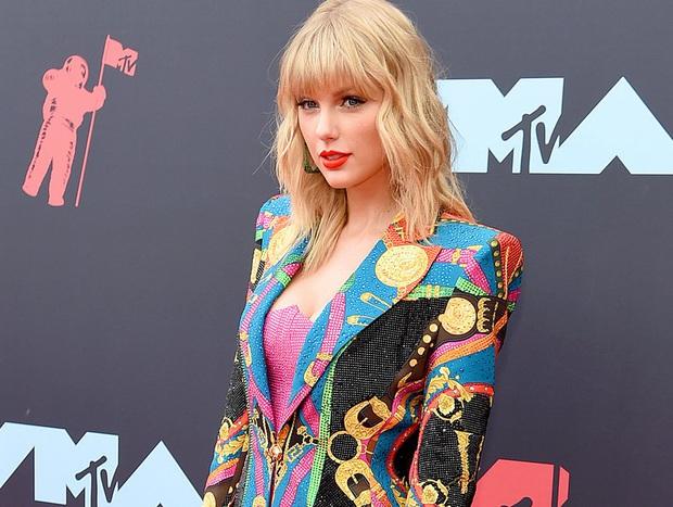 Kiện không được, thương thảo cũng không xong, Taylor Swift thua bi đát trước sự cao tay của Scooter Braun nên chỉ có thể đăng tâm thư cầu cứu trong vô vọng - Ảnh 5.
