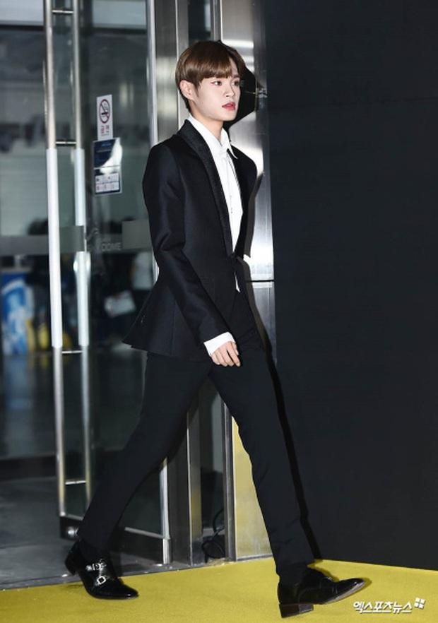 Thảm vàng hot nhất xứ Hàn: Noo Phước Thịnh bảnh bao đọ sắc dàn nam thần NCT và GOT7,  ITZY chặt đẹp MAMAMOO - Ảnh 21.