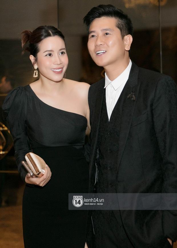 Hồ Hoài Anh - Lưu Hương Giang sánh đôi cực tình, cùng dàn sao đình đám Vbiz đổ bộ đám cưới Giang Hồng Ngọc - Ảnh 3.