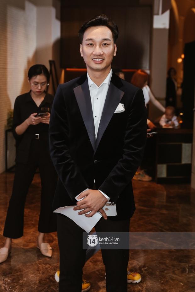 Hồ Hoài Anh - Lưu Hương Giang sánh đôi cực tình, cùng dàn sao đình đám Vbiz đổ bộ đám cưới Giang Hồng Ngọc - Ảnh 8.