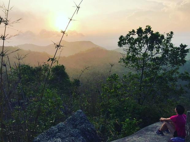 Tuổi trẻ nhất định phải một lần được đi leo núi, cuối tuần muốn trốn khỏi Sài Gòn thì thử chinh phục 4 chỗ này xem! - Ảnh 24.