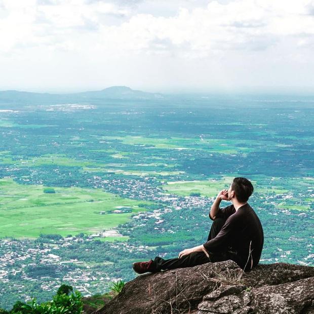 Tuổi trẻ nhất định phải một lần được đi leo núi, cuối tuần muốn trốn khỏi Sài Gòn thì thử chinh phục 4 chỗ này xem! - Ảnh 13.
