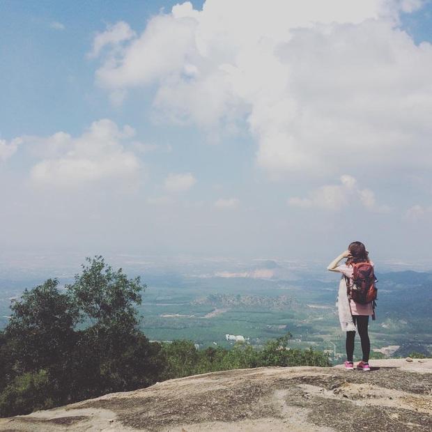 Tuổi trẻ nhất định phải một lần được đi leo núi, cuối tuần muốn trốn khỏi Sài Gòn thì thử chinh phục 4 chỗ này xem! - Ảnh 21.