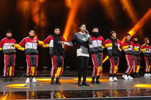 Trước giờ G, Noo Phước Thịnh mướt mồ hôi tập luyện cho màn trình diễn khủng tại lễ trao giải ở Hàn Quốc - Ảnh 9.