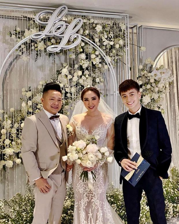 Cận cảnh 3 bộ váy cưới của Bảo Thy: Bộ nào cũng ren hoa yêu kiều, váy cưới chính cực đồ sộ lộng lẫy - Ảnh 2.