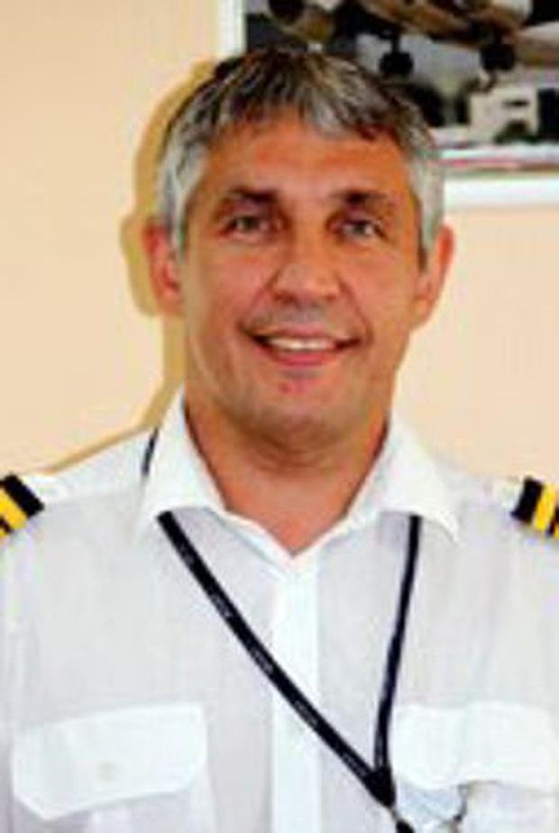 Máy bay gặp nạn khiến 50 người chết: Cơ trưởng làm giả giấy tờ, không có kỹ năng bay cơ bản - Ảnh 1.