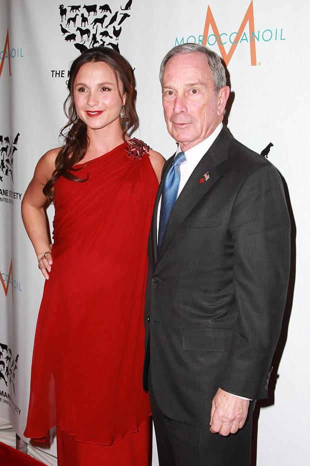 Hai người con gái tài sắc vẹn toàn của tỷ phú giàu thứ 9 nước Mỹ, đối thủ đáng gờm của ông Trump trong cuộc chạy đua vào Nhà Trắng - Ảnh 6.