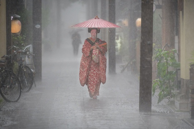 Những bức ảnh đẹp nghẹt thở về thời tiết đoạt giải năm 2019 - Ảnh 9.