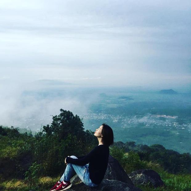 Tuổi trẻ nhất định phải một lần được đi leo núi, cuối tuần muốn trốn khỏi Sài Gòn thì thử chinh phục 4 chỗ này xem! - Ảnh 17.