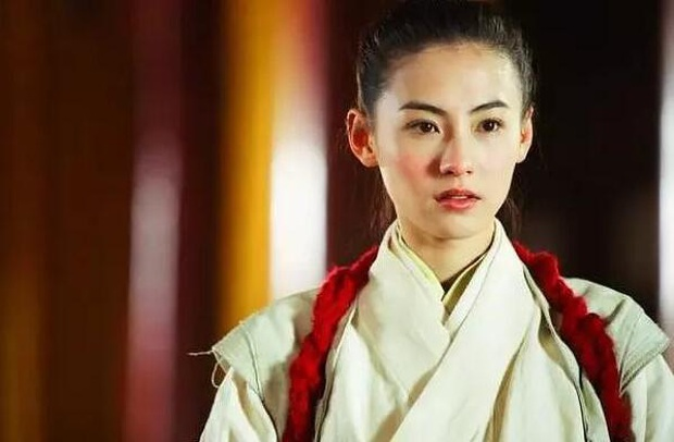 Trương Bá Chi gây sốt với hình ảnh thần thái ngút ngàn: U40 nhưng xuất sắc chẳng kém lúc xuân thì - Ảnh 10.