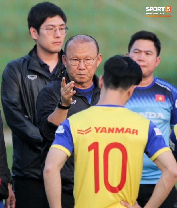 HLV Park Hang-seo không dẫn dắt U22 Việt Nam đá giao hữu, dồn toàn tâm trí cho buổi tập quan trọng cùng ĐTQG - Ảnh 4.