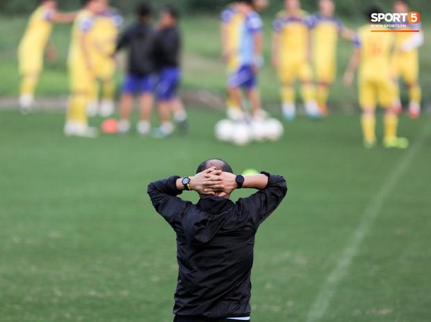 HLV Park Hang-seo không dẫn dắt U22 Việt Nam đá giao hữu, dồn toàn tâm trí cho buổi tập quan trọng cùng ĐTQG - Ảnh 7.