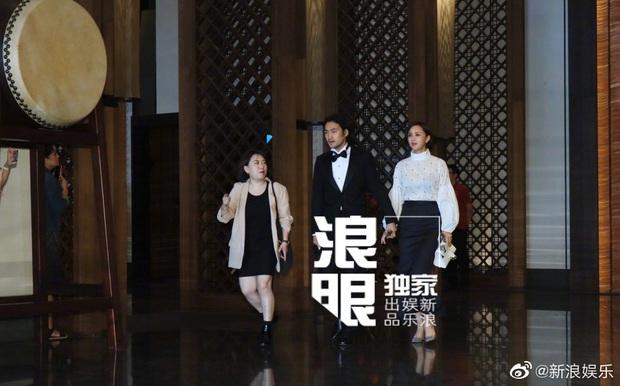 Đám cưới hot nhất Cbiz hôm nay: Siêu mẫu Lâm Chí Linh liên tục khóc, hôn nồng nhiệt chồng Nhật kém 7 tuổi - Ảnh 7.