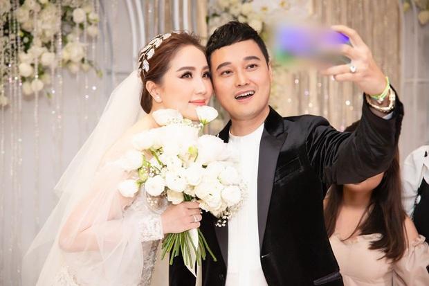 Khi Hoàng tử sơn ca Quang Vinh và Công chúa bong bóng Bảo Thy hội ngộ trong tiệc cưới: Giá mà được nghe họ song ca thì tuyệt! - Ảnh 4.