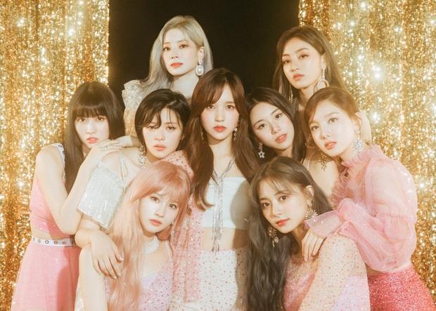 10 album của nhóm nhạc Kpop bán chạy nhất tại Nhật: BTS giữ vị trí khiêm tốn, TVXQ vẫn phải chịu thua trước 2 nhóm nữ - Ảnh 11.