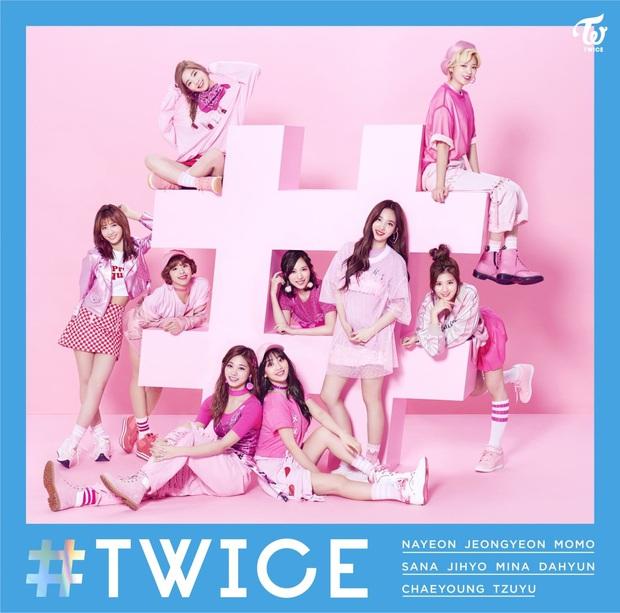 10 album của nhóm nhạc Kpop bán chạy nhất tại Nhật: BTS giữ vị trí khiêm tốn, TVXQ vẫn phải chịu thua trước 2 nhóm nữ - Ảnh 4.