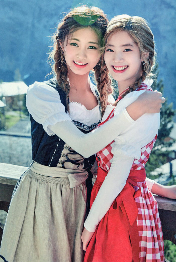 Thêm cặp womance hot hit của Kpop: Dahyun yêu nữ thần Tzuyu (TWICE), ngang nhiên tỏ tình từ lần gặp đầu tiên - Ảnh 2.