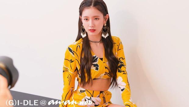 Top 50 nữ idol hot nhất hiện nay: Hwasa đè bẹp cả Jennie - Taeyeon, cả nhóm tân binh (G)I-DLE vươn lên quá nguy hiểm - Ảnh 5.