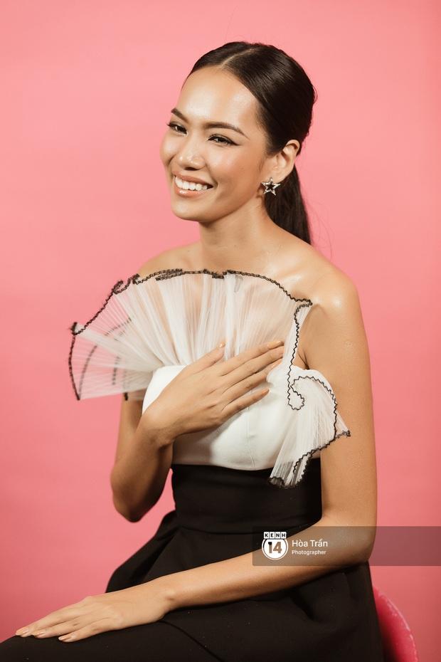 Hoa hậu Hoàn vũ VN: Mỹ Khôi trần tình khi bị gọi là Nữ hoàng drama, Hoàng Phương có nghĩ mình nhạt? - Ảnh 13.