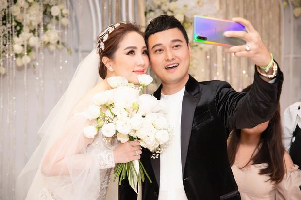 Loạt ảnh nét căng bên trong đám cưới Bảo Thy cùng tiết lộ của cô dâu: Hạnh phúc 10 ngày không ngủ được, 3 ngày trước sốt 42 độ - Ảnh 6.