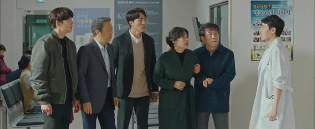 Thánh nhọ lại chiếu không trượt Ji Chang Wook: Vừa thoát kiếp đông lạnh lại chứng kiến người yêu bị đâm giữa đường - Ảnh 8.