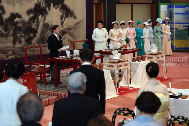 Hoàng hậu Masako ngày càng tỏa sáng, nổi bật nhất giữa các thành viên nữ hoàng gia Nhật trong sự kiện mới - Ảnh 1.