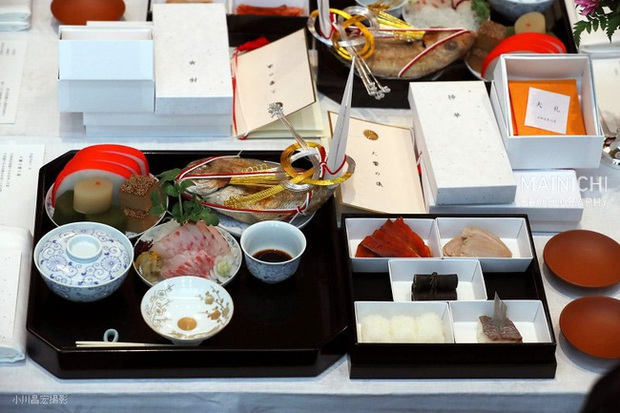 Hoàng hậu Masako ngày càng tỏa sáng, nổi bật nhất giữa các thành viên nữ hoàng gia Nhật trong sự kiện mới - Ảnh 2.