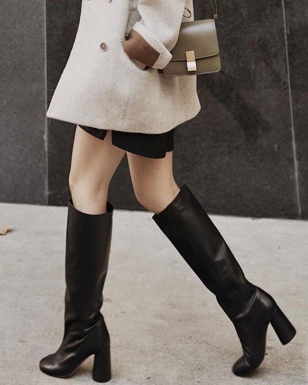 Mỗi kiểu chân váy đều có một đôi boots hoàn hảo để song hành, diện lên xinh ngất ngây và tôn dáng hết cỡ - Ảnh 2.