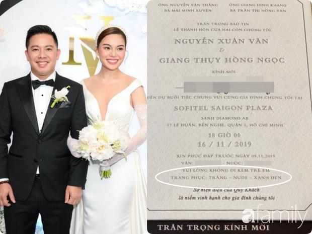 Giữa cả dàn khách mời diện đúng chuẩn dress code tại lễ cưới Giang Hồng Ngọc, một mình Trang Pháp diện đồ lệch tông - Ảnh 1.