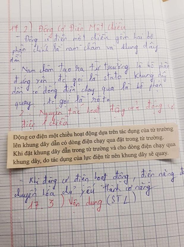 Cô giáo bảo về nhà chép lý thuyết vào vở, nam sinh lười quá cắt luôn từ sách dán vào cho nhanh - Ảnh 1.