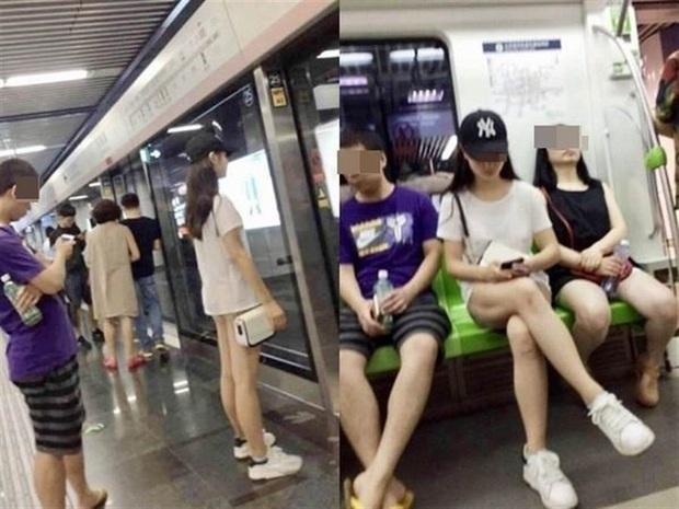 """Đi tàu điện ngầm mặc váy cũn cỡn, cô gái trẻ khiến mọi người """"đứng hình khi quên diện luôn nội y, dân mạng bày tỏ ý kiến trái chiều - Ảnh 1."""