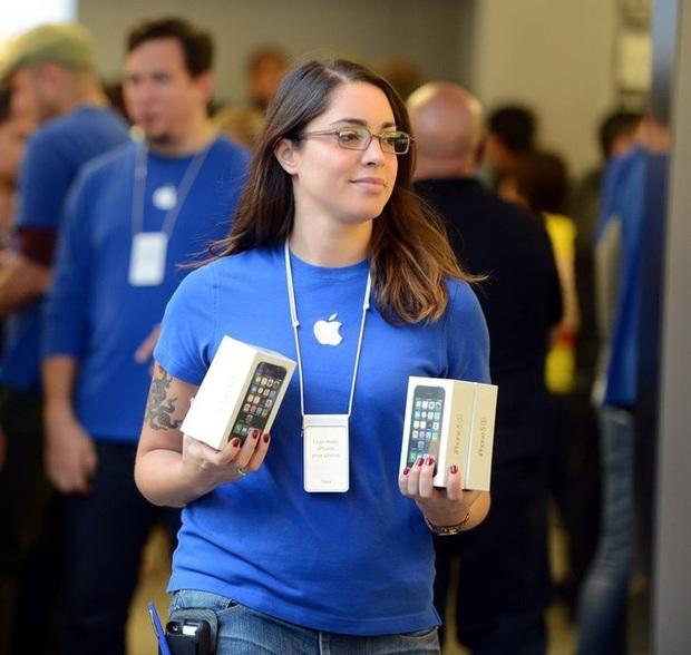 """10 """"mánh lới"""" bán hàng bậc thầy của Apple: Đọc xong mới biết vì sao họ lại thành công đến vậy - Ảnh 3."""