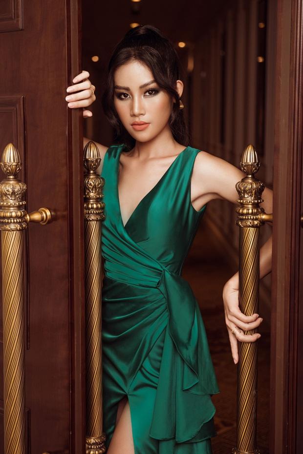 Top 45 Hoa hậu Hoàn vũ Việt Nam lộ diện: Thúy Vân khoe ngực đầy, đọ sắc cực gắt bên dàn mỹ nhân váy xẻ táo bạo - Ảnh 17.