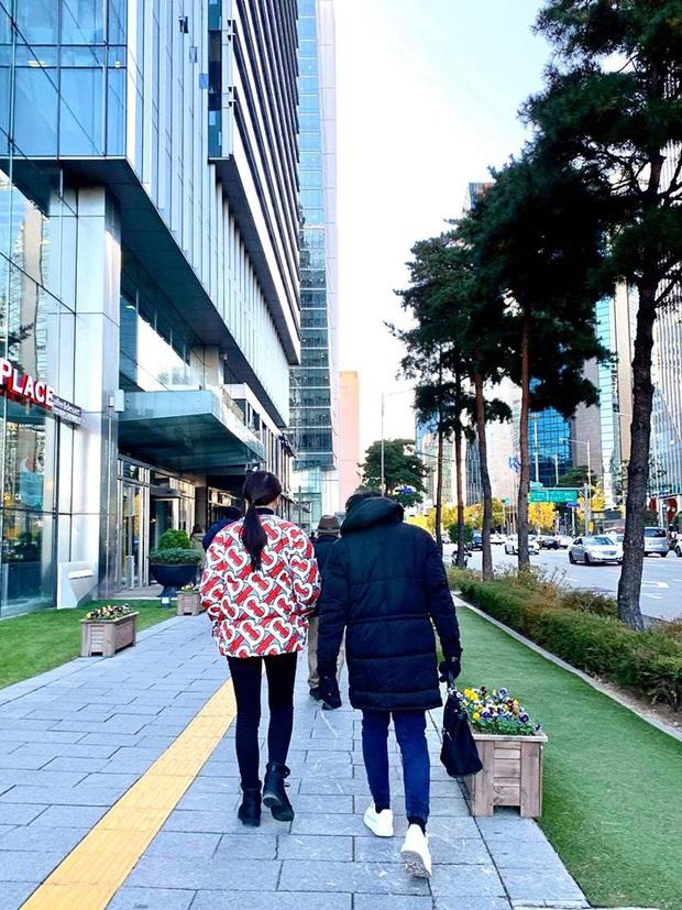 3 cặp bài trùng của Vbiz bất ngờ sang Hàn Quốc cùng một thời điểm, trời rét âm độ vẫn rủ nhau... đi ăn từ sáng tới đêm - Ảnh 5.