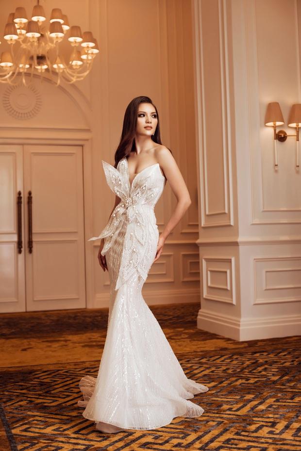 Top 45 Hoa hậu Hoàn vũ Việt Nam lộ diện: Thúy Vân khoe ngực đầy, đọ sắc cực gắt bên dàn mỹ nhân váy xẻ táo bạo - Ảnh 15.