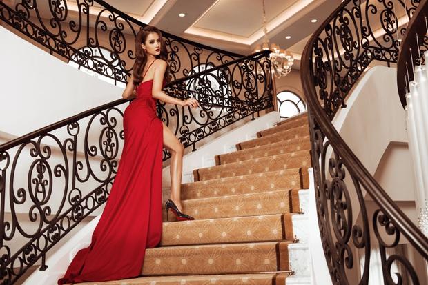 Top 45 Hoa hậu Hoàn vũ Việt Nam lộ diện: Thúy Vân khoe ngực đầy, đọ sắc cực gắt bên dàn mỹ nhân váy xẻ táo bạo - Ảnh 7.