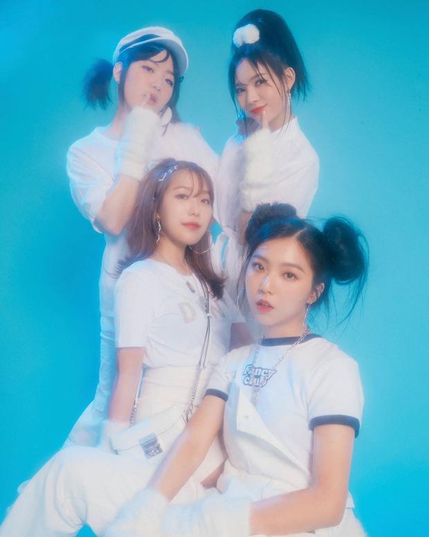 Bạn có biết: Có đến 27 girlgroup debut trong 9 tháng đầu năm 2019, Knet nhớ đúng 3 nhóm nhưng duy nhất ITZY thành sao top đầu - Ảnh 24.