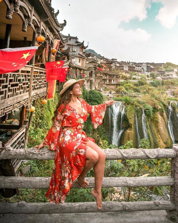 """Lần đầu du lịch Trung Quốc, nữ travel blogger tá hỏa với loạt địa điểm trên mạng – ngoài đời khiến cô """"một đi không trở lại"""" - Ảnh 4."""