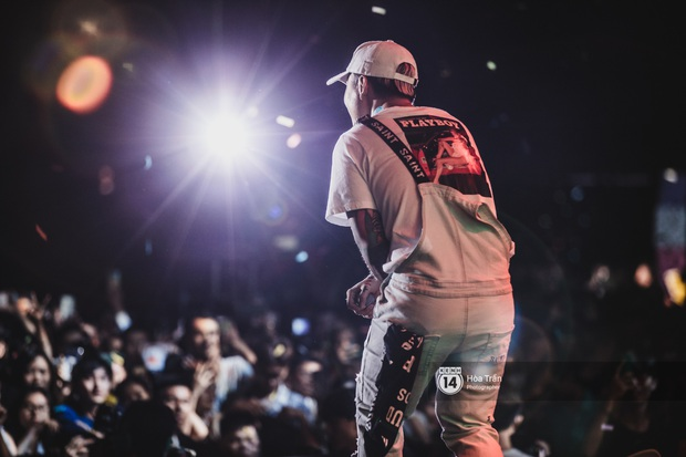 YAMAHA Road to Ravolution: DJ Huy DX căng não để tìm ra người chiến thắng, Binz sung đến mức đòi biểu diễn thêm! - Ảnh 14.