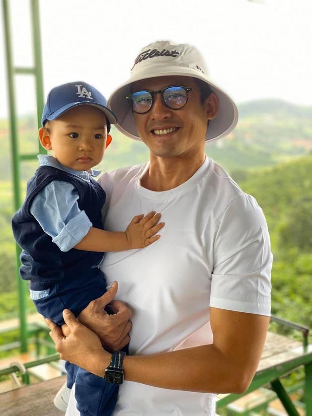 Bác sĩ Minh (Lương Thế Thành) ở Không Lối Thoát: Chàng trai không ai chê nay nhìn mặt thôi cũng phát ghét - Ảnh 16.