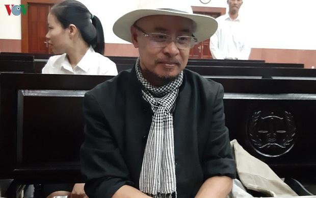 Phiên tòa phúc thẩm vụ ly hôn ngàn tỷ mở lại vào đầu tháng 12 - Ảnh 1.