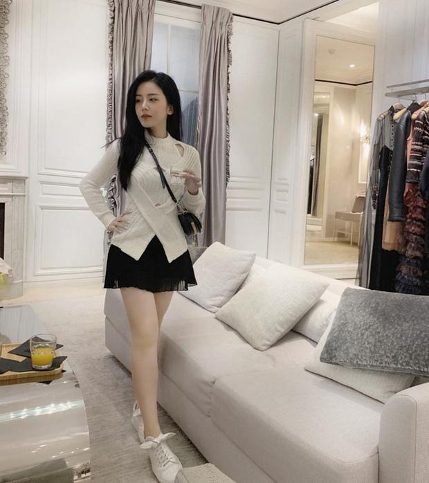 Sau Bảo Thy, Đông Nhi vẫn còn 3 cô nàng chưa chịu lấy chồng: Xinh đẹp có thừa cùng gu thời trang hack tuổi đỉnh cao - Ảnh 21.