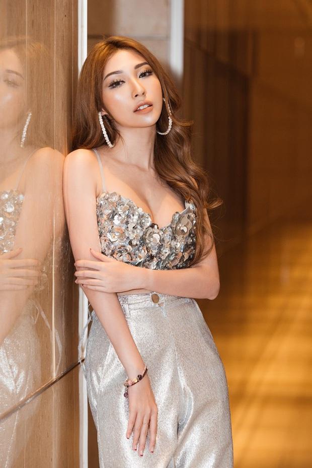 Sau Bảo Thy, Đông Nhi vẫn còn 3 cô nàng chưa chịu lấy chồng: Xinh đẹp có thừa cùng gu thời trang hack tuổi đỉnh cao - Ảnh 7.