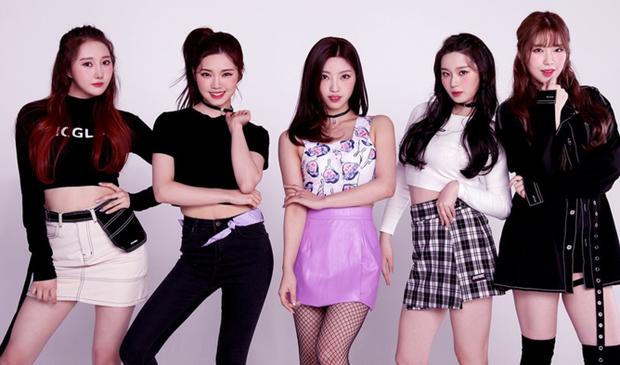Bạn có biết: Có đến 27 girlgroup debut trong 9 tháng đầu năm 2019, Knet nhớ đúng 3 nhóm nhưng duy nhất ITZY thành sao top đầu - Ảnh 19.