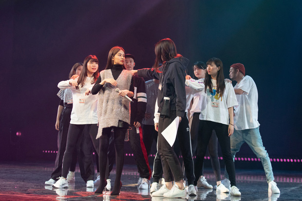 Trước thêm ABU Song Festival, Hoàng Thùy Linh diễn tập cùng 100% vũ công người Nhật, ca khúc được khán giả trông đợi đã được hé lộ! - Ảnh 4.