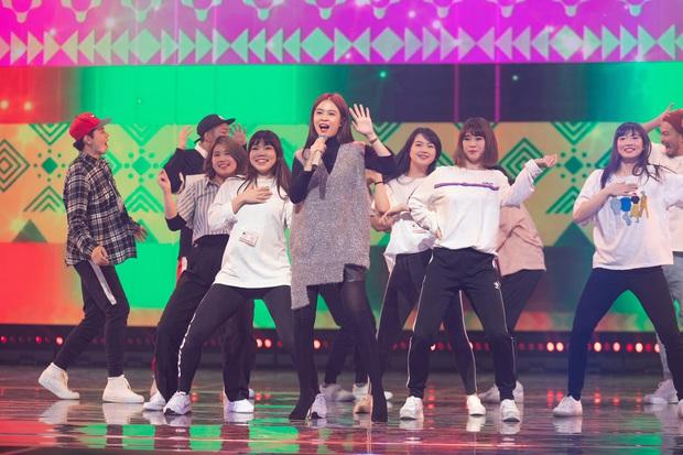 Trước thêm ABU Song Festival, Hoàng Thùy Linh diễn tập cùng 100% vũ công người Nhật, ca khúc được khán giả trông đợi đã được hé lộ! - Ảnh 8.