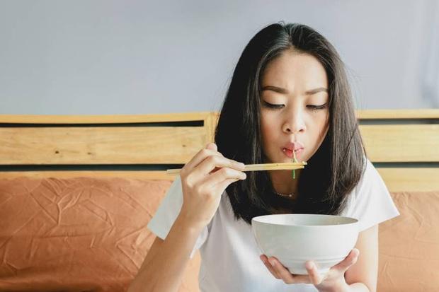 Người sống thọ thường có nhiều thói quen ăn uống tốt, bạn có bao nhiêu điểm trong những điều sau đây? - Ảnh 2.