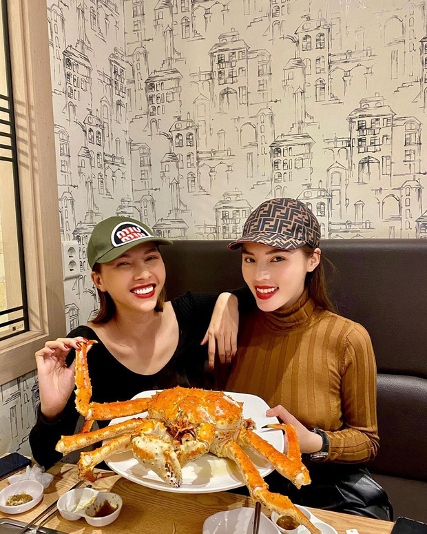Đến chợ hải sản lớn nhất Seoul ăn cua hoàng đế mà mải mặc cả quá, mãi sau Kỳ Duyên mới phát hiện ra chú cua đã bị rụng mất một chân - Ảnh 6.